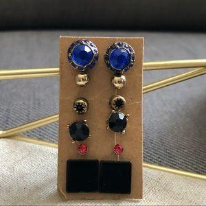 ✨3/$30 pack of stud earrings